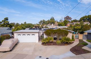 Photo 2: SERRA MESA House for sale : 4 bedrooms : 2386 Ron Way in San Diego