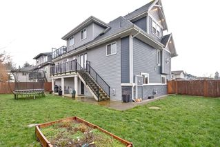 Photo 19: 18819 124A Avenue in Pitt Meadows: Central Meadows House for sale : MLS®# R2435832