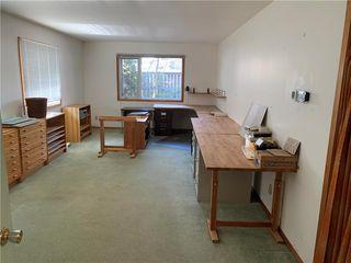 Photo 2: 615 Townsend Avenue in Winnipeg: Fort Richmond Residential for sale (1K)  : MLS®# 202009710