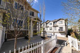 Photo 3: 1 4850 TERWILLEGAR Common in Edmonton: Zone 14 Townhouse for sale : MLS®# E4197193