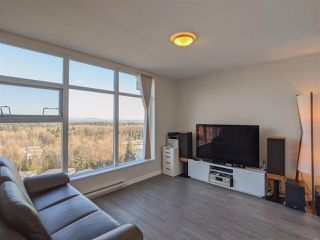 "Photo 13: 2107 3102 WINDSOR Gate in Coquitlam: New Horizons Condo for sale in ""CELADON"" : MLS®# R2458044"