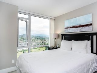 """Photo 17: 2701 4189 HALIFAX Street in Burnaby: Brentwood Park Condo for sale in """"Aviara"""" (Burnaby North)  : MLS®# R2493408"""