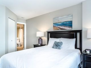 """Photo 15: 2701 4189 HALIFAX Street in Burnaby: Brentwood Park Condo for sale in """"Aviara"""" (Burnaby North)  : MLS®# R2493408"""