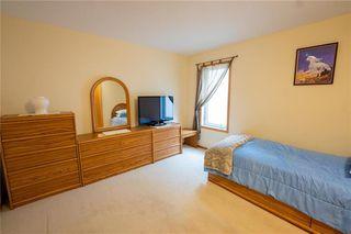 Photo 20: 955 John Bruce Road in Winnipeg: Royalwood Residential for sale (2J)  : MLS®# 202026187