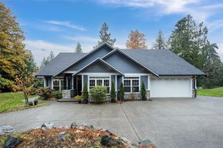 Photo 2: 2622 Treit Rd in : ML Shawnigan House for sale (Malahat & Area)  : MLS®# 859773