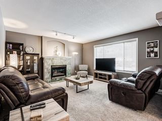 Photo 15: 233 Edgevalley Way NW in Calgary: Edgemont Detached for sale : MLS®# A1055738