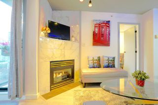 Photo 4: 1603 939 HOMER Street in Vancouver: Yaletown Condo for sale (Vancouver West)  : MLS®# R2525157