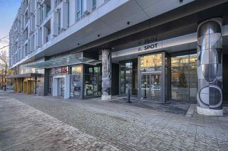 "Photo 2: 611 2888 CAMBIE Street in Vancouver: Mount Pleasant VW Condo for sale in ""The Spot"" (Vancouver West)  : MLS®# R2527797"