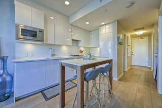 "Photo 10: 611 2888 CAMBIE Street in Vancouver: Mount Pleasant VW Condo for sale in ""The Spot"" (Vancouver West)  : MLS®# R2527797"