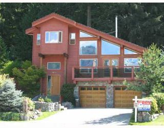 Photo 1: 2014 BLUEBIRD Place in Squamish: Garibaldi Highlands Home for sale ()  : MLS®# V695227