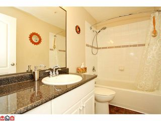 """Photo 7: 57 21579 88B Avenue in Langley: Walnut Grove Townhouse for sale in """"CARRIAGE PARK"""" : MLS®# F1218032"""