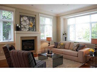 """Photo 2: 403 W 19TH AV in Vancouver: Cambie House for sale in """"CAMBIE VILLAGE"""" (Vancouver West)  : MLS®# V993810"""