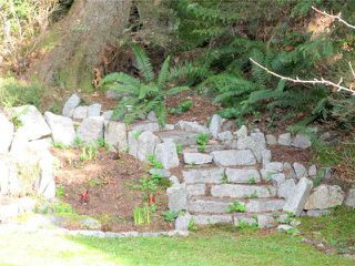 Photo 2: 40626 PERTH Drive in Squamish: Garibaldi Highlands 1/2 Duplex for sale : MLS®# V995194