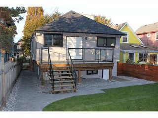 Photo 19: 1630 E 13TH AV in Vancouver: Grandview VE House for sale (Vancouver East)  : MLS®# V1032221