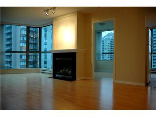 Photo 2: # 802 4788 HAZEL ST in Burnaby: Forest Glen BS Condo for sale (Burnaby South)  : MLS®# V868902