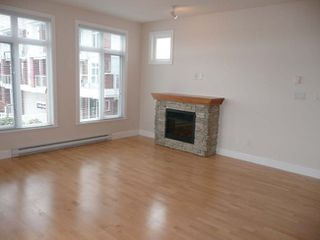 Photo 4: 201 4211 Bayview Street in The Village: Home for sale