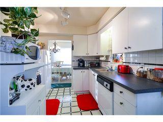 Photo 9: 424 CULZEAN PL in Port Moody: Glenayre House for sale : MLS®# V1101892