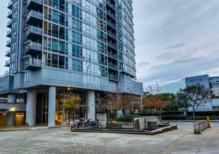 Photo 3: 2109 131 REGIMENT SQUARE in Vancouver: Downtown VW Condo for sale (Vancouver West)  : MLS®# R2014815