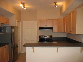 Photo 2: 12 - 30 Oak Vista Drive in St. Albert: Condominium for rent