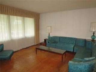 Photo 2: 9 Aster Avenue in Winnipeg: Garden City Residential for sale (4G)  : MLS®# 1925021
