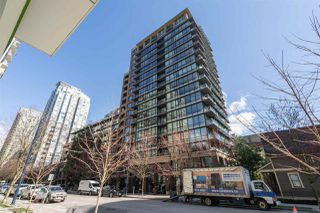 "Main Photo: 401 1088 RICHARDS Street in Vancouver: Yaletown Condo for sale in ""Richards"" (Vancouver West)  : MLS®# R2447942"