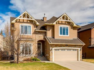 Photo 1: 187 Crystal Shores Drive: Okotoks Detached for sale : MLS®# C4294466
