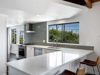 Photo 9: LA MESA House for sale : 4 bedrooms : 8522 Boulder Dr