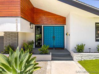 Photo 2: LA MESA House for sale : 4 bedrooms : 8522 Boulder Dr