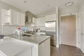 """Photo 11: 2603 520 COMO LAKE Avenue in Coquitlam: Coquitlam West Condo for sale in """"THE CROWN"""" : MLS®# R2483945"""