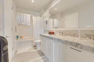 """Photo 21: 2603 520 COMO LAKE Avenue in Coquitlam: Coquitlam West Condo for sale in """"THE CROWN"""" : MLS®# R2483945"""