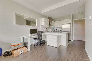 """Photo 19: 2603 520 COMO LAKE Avenue in Coquitlam: Coquitlam West Condo for sale in """"THE CROWN"""" : MLS®# R2483945"""