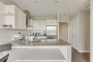 """Photo 13: 2603 520 COMO LAKE Avenue in Coquitlam: Coquitlam West Condo for sale in """"THE CROWN"""" : MLS®# R2483945"""