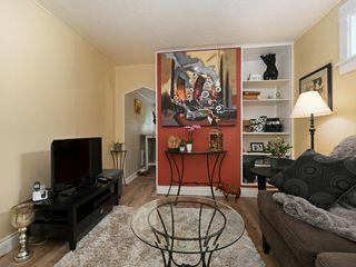 Photo 10: 1785 Adanac St in : Vi Jubilee House for sale (Victoria)  : MLS®# 851952