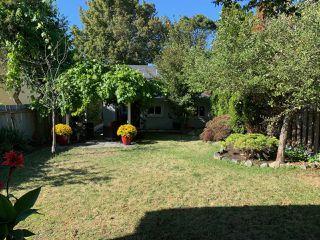 Photo 2: 1785 Adanac St in : Vi Jubilee House for sale (Victoria)  : MLS®# 851952