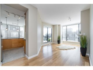 "Photo 8: 602 1581 FOSTER Street: White Rock Condo for sale in ""SUSSEX HOUSE"" (South Surrey White Rock)  : MLS®# R2490352"