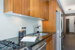 "Photo 11: 207 33 W PENDER Street in Vancouver: Downtown VW Condo for sale in ""33 Living"" (Vancouver West)  : MLS®# R2495169"