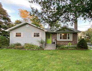 Photo 1: 21 Grange Street in Pictou: 107-Trenton,Westville,Pictou Residential for sale (Northern Region)  : MLS®# 202019941