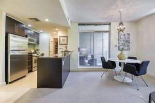 """Photo 10: 306 638 BEACH Crescent in Vancouver: Yaletown Condo for sale in """"ICON"""" (Vancouver West)  : MLS®# R2505889"""