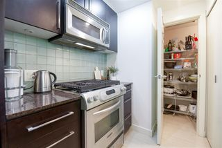 """Photo 15: 306 638 BEACH Crescent in Vancouver: Yaletown Condo for sale in """"ICON"""" (Vancouver West)  : MLS®# R2505889"""