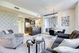 """Photo 3: 306 638 BEACH Crescent in Vancouver: Yaletown Condo for sale in """"ICON"""" (Vancouver West)  : MLS®# R2505889"""