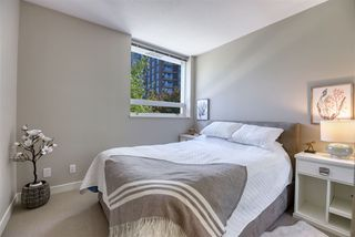 """Photo 6: 306 638 BEACH Crescent in Vancouver: Yaletown Condo for sale in """"ICON"""" (Vancouver West)  : MLS®# R2505889"""