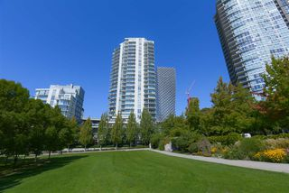 """Photo 23: 306 638 BEACH Crescent in Vancouver: Yaletown Condo for sale in """"ICON"""" (Vancouver West)  : MLS®# R2505889"""