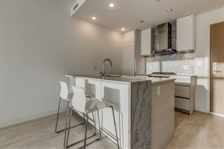 "Photo 3: 3903 6098 STATION Street in Burnaby: Metrotown Condo for sale in ""STATION SQUARE 3"" (Burnaby South)  : MLS®# R2522634"