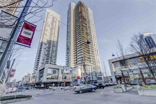 "Photo 1: 3903 6098 STATION Street in Burnaby: Metrotown Condo for sale in ""STATION SQUARE 3"" (Burnaby South)  : MLS®# R2522634"
