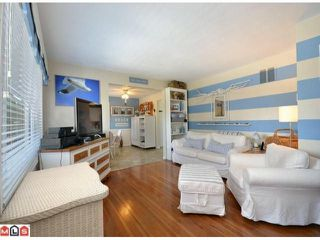 Photo 2: 1807 156TH Street in Surrey: King George Corridor House for sale (South Surrey White Rock)  : MLS®# F1219106