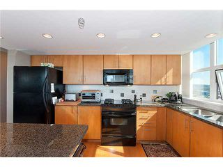 "Photo 7: 1805 120 MILROSS Avenue in Vancouver: Mount Pleasant VE Condo for sale in ""BRIGHTON"" (Vancouver East)  : MLS®# V998936"