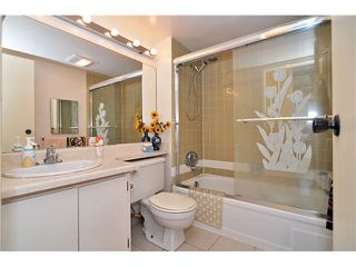 """Photo 13: 1202 4105 MAYWOOD Street in Burnaby: Metrotown Condo for sale in """"TIMES SQUARE"""" (Burnaby South)  : MLS®# V1023881"""