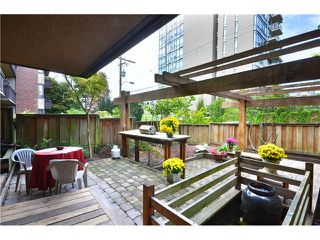 "Photo 12: 216 1405 W 15TH Avenue in Vancouver: Fairview VW Condo for sale in ""Landmark Grand"" (Vancouver West)  : MLS®# V1025766"
