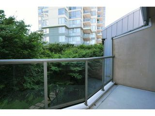 "Photo 14: 414 260 NEWPORT Drive in Port Moody: North Shore Pt Moody Condo for sale in ""THE MCNAIR"" : MLS®# V1078389"