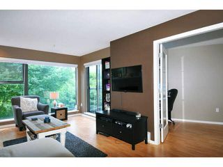 "Photo 4: 414 260 NEWPORT Drive in Port Moody: North Shore Pt Moody Condo for sale in ""THE MCNAIR"" : MLS®# V1078389"